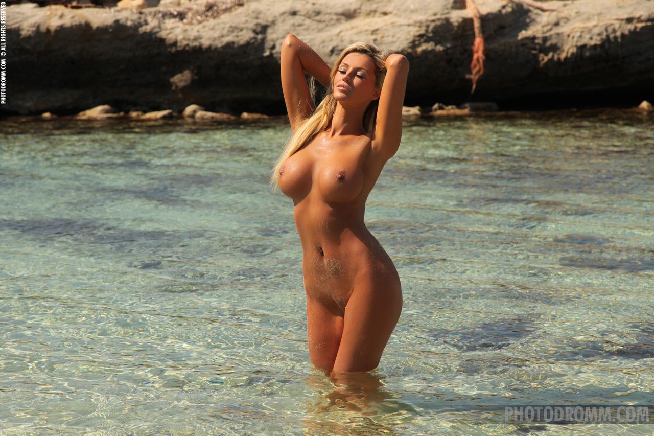 Фото красивых голых стройных девушек 18 фотография