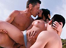 Rebeca Linares in Sex 62