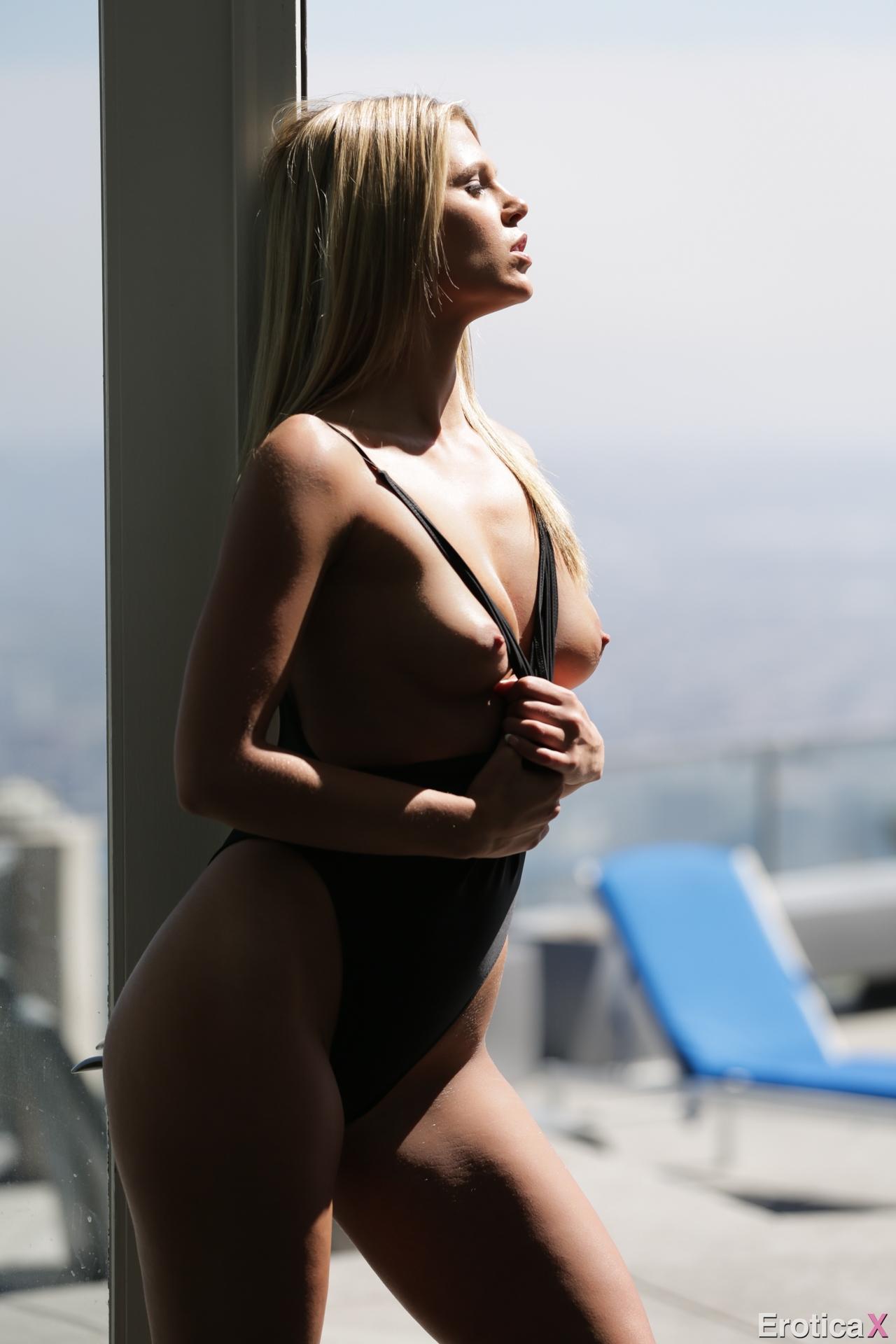 Hd sucking pic boobs