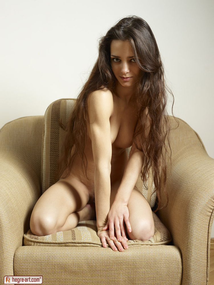 hardcore nude photos of elvira