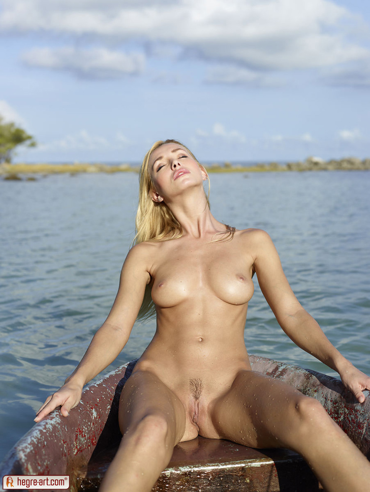 Naked In Water 60