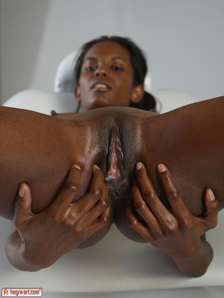 hot ass nude woman