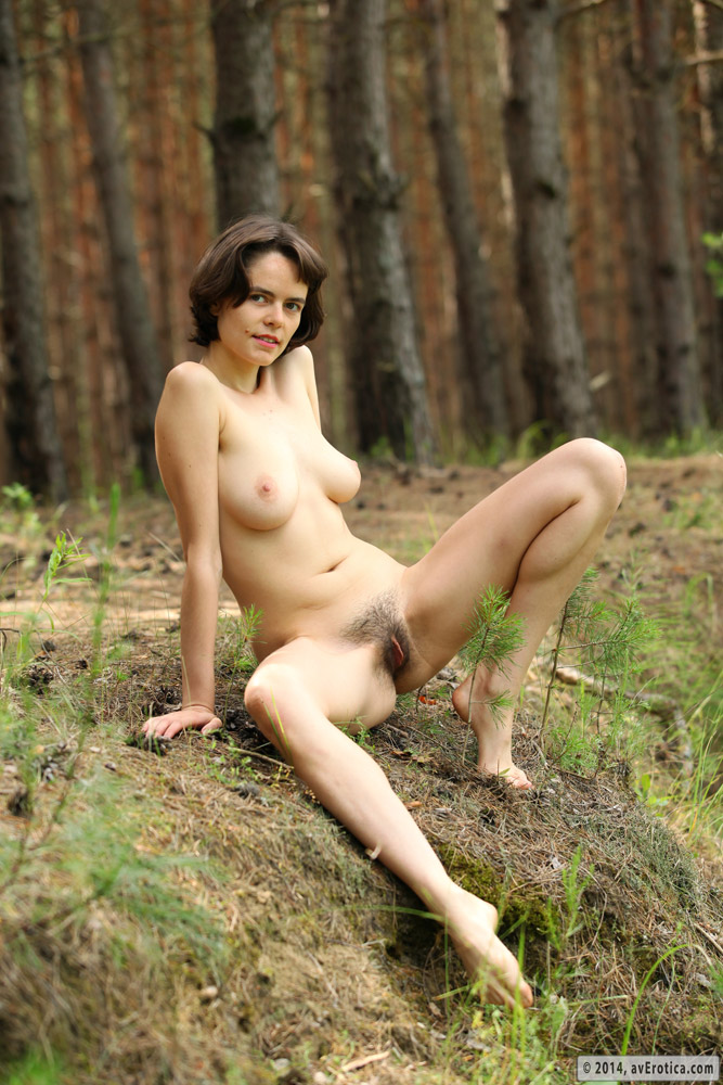 Sexy milf Rimma in the wild naked and beautifully hypnotic and ...