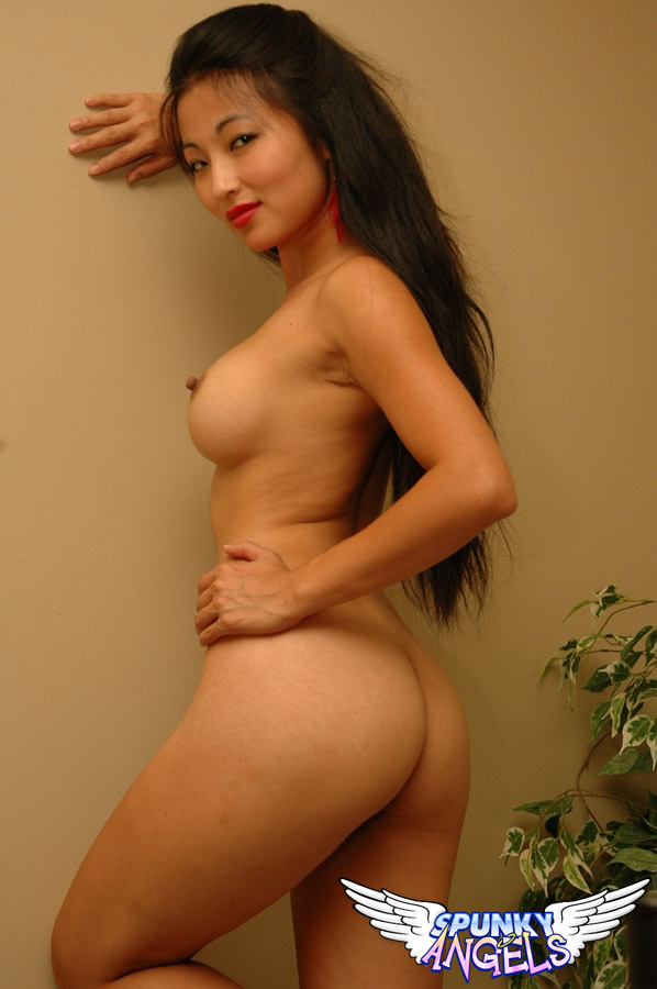 bigg boss ahsika sexy boobs image