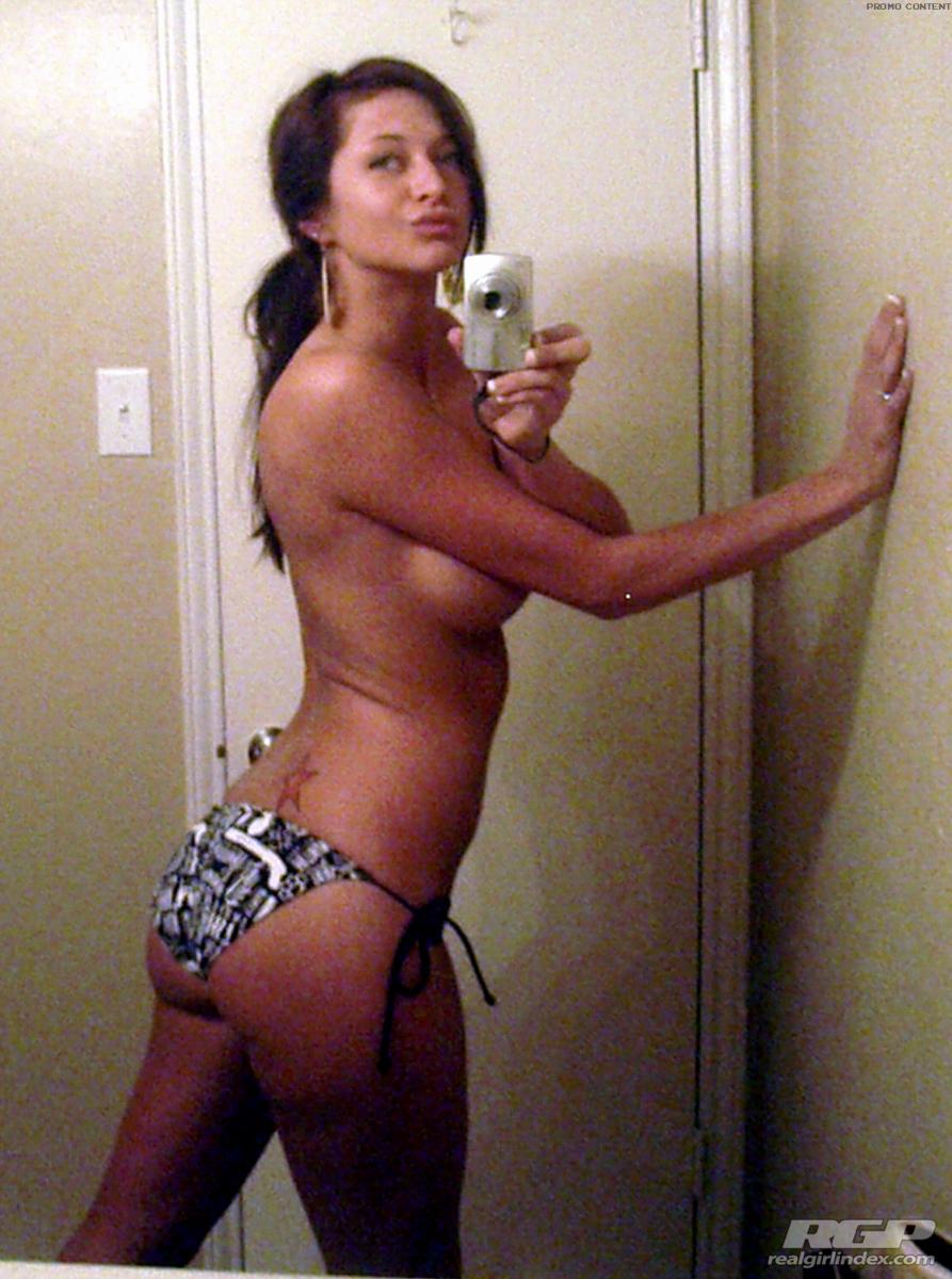 hot girls naked playing pool