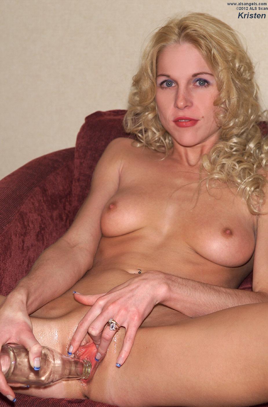 Rebecca ferguson white queen hot